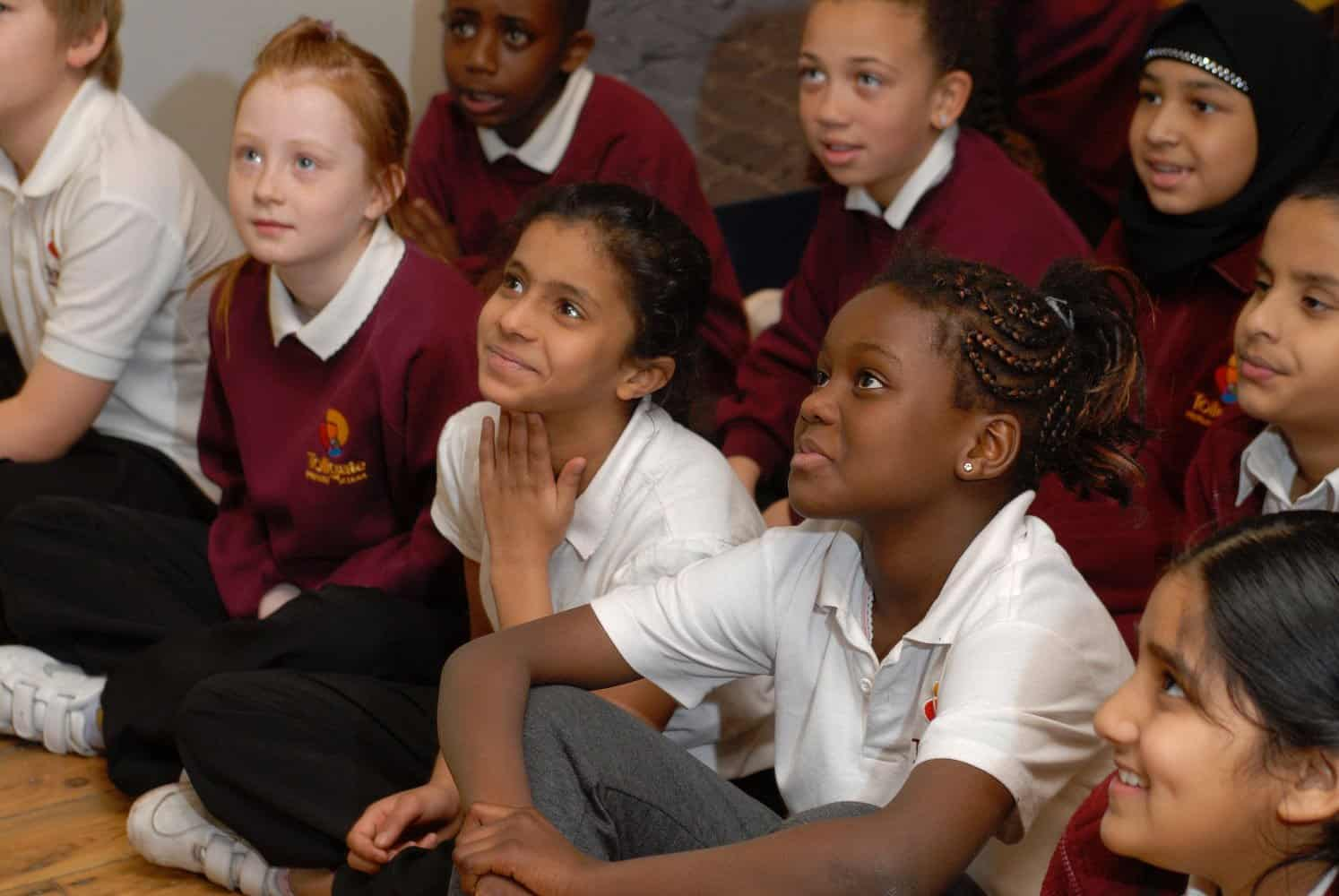 Museum of London Docklands/ School Session/ children listening
